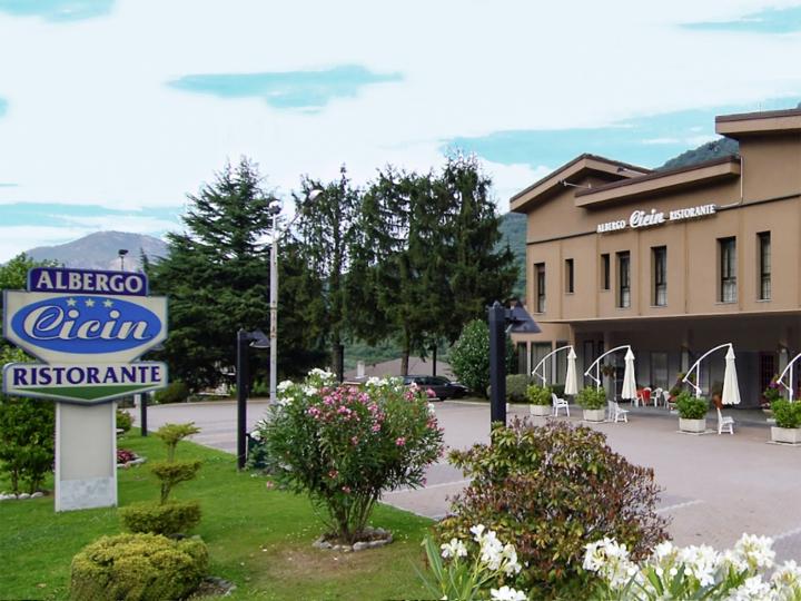Cicin Hotel Ristorante esterno